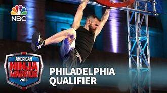 Ryan_Stratis_at_the_Philadelphia_Qualifier_-_American_Ninja_Warrior_2016