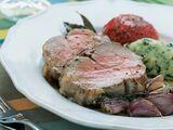 Selle d'agneau, tomates confites et polenta au basilic