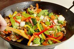 Légumes-sautés-à-la-chinoise-626x417.jpg