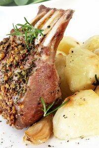 Agneau-recette-agneau-cotes-104015 L.jpg