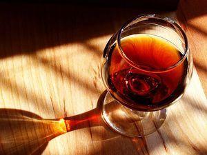 300px-Port wine.jpg