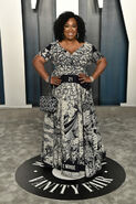 2020 Vanity Fair Oscar Party - Shonda Rhimes 03