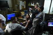 6x12 - Scandal Cast and Crew 01