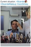 5x07 (10-01-15) Tony Goldwyn - Makeup