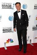 2013 NAACP Image Awards - Tony Goldwyn 02