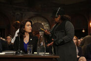 5x06 - Bellamy Young and Chandra Wilson 01
