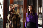 2x12 - Huck and Quinn 01