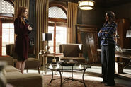 4x16 - Abby Whelan and Olivia Pope 01