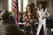 4x07 - Susan and Olivia (Official)