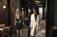 2x21 - Olivia, Abby and Quinn 01