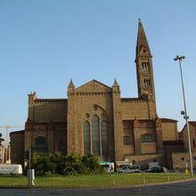 Санта Мария Новелла (вид с вокзала).jpg