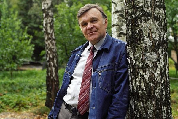 Бондарев, Юрий Васильевич