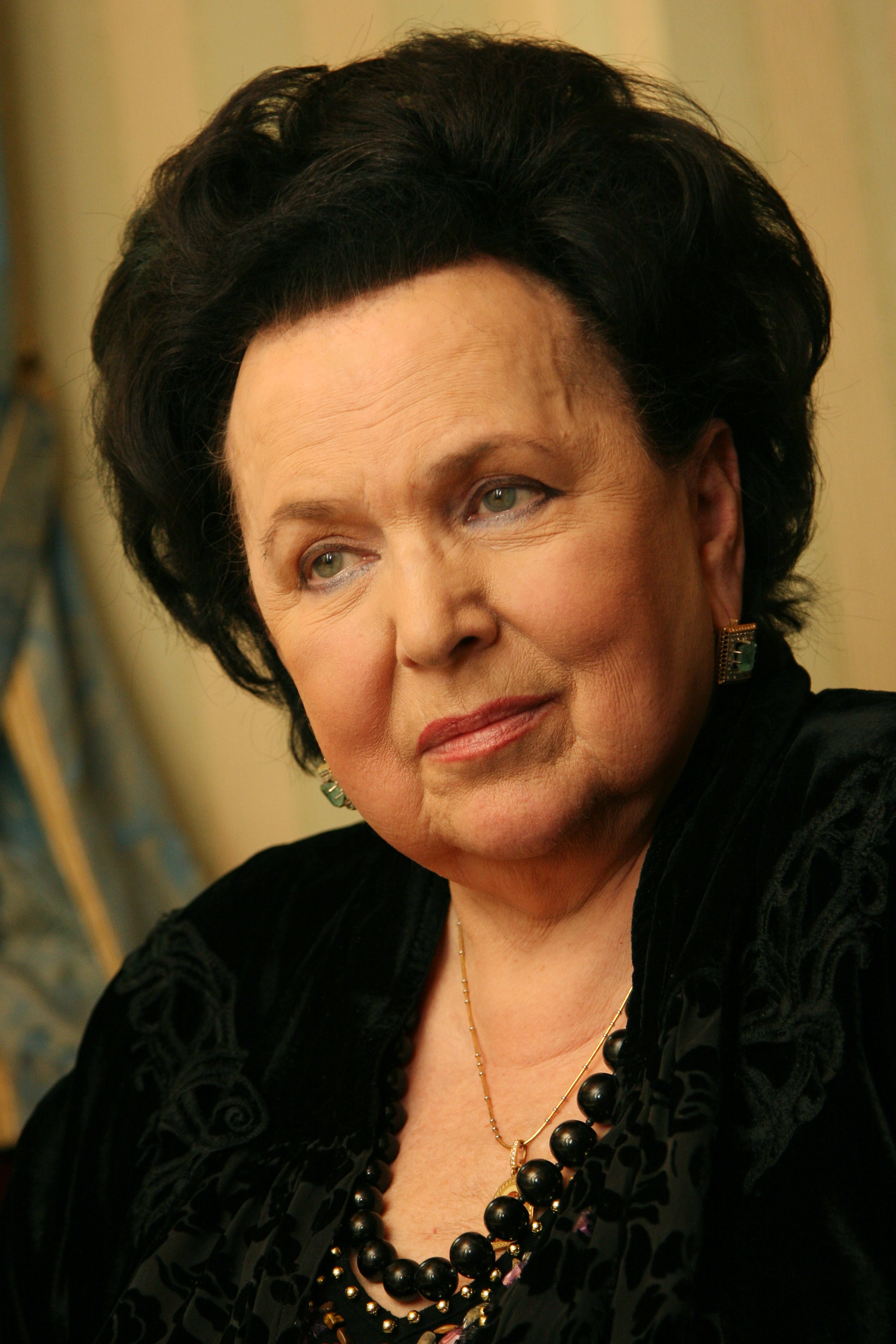 Вишневская, Галина Павловна