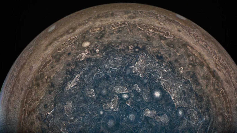 Аппарат «Юнона» остается на своей текущей орбите вокруг Юпитера