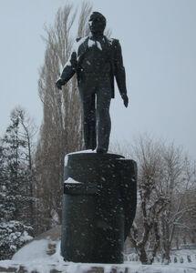Саратов-Памятник Гагарину