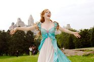 Enchanted - Giselle-spinning-around-in-NY