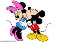 MickeyKissingMinnie