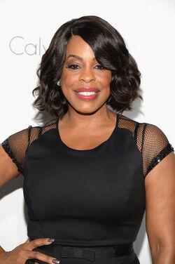 ELLE-Women-In-Hollywood-Awards-Nircy-Nash-2