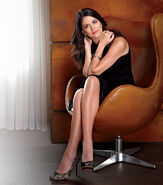 Cecily-strong-capitol-file-4