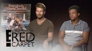 "Glen Powell Dishes on ""Scream Queens"" Season 2! E! Live from the Red Carpet"