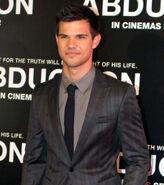 Taylor Lautner 2011, 2