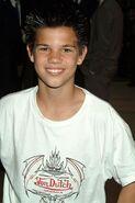 Taylor-Lautner2
