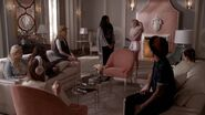 ScreamQueens106 0600