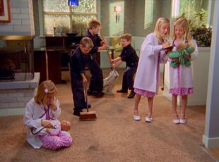 6x19-Married Elliot and Janitor's kids