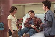 1x22 Ben in bed