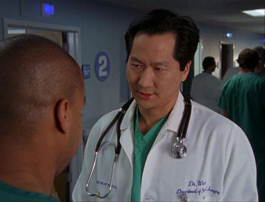 5x17-Dr. Wen confronts Turk.jpg