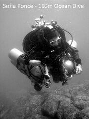 Sopia-Ponce-Scuba-Diving-Record-02.jpg