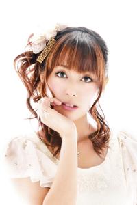 히카사 요코.png