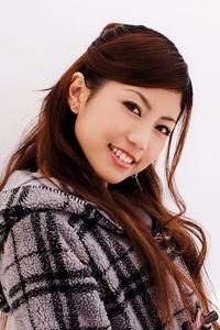 시라이시 료코.png