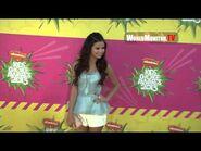 Selena Gomez arrives at Nickelodeon Kids' Choice Awards 2013