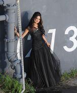 WS black dress selena wall (4)