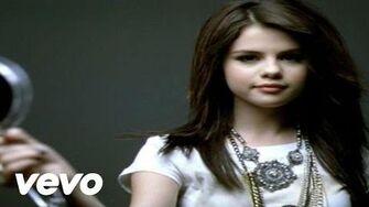 Selena_Gomez_&_The_Scene_-_Falling_Down