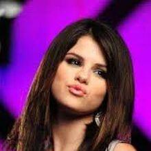 Falling Down Selena Gomez Wiki Fandom