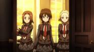 Ayumu, Toko, Ako in G 01