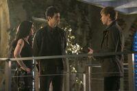 TMI215promo Isabelle, Alec, & Sebastian 02