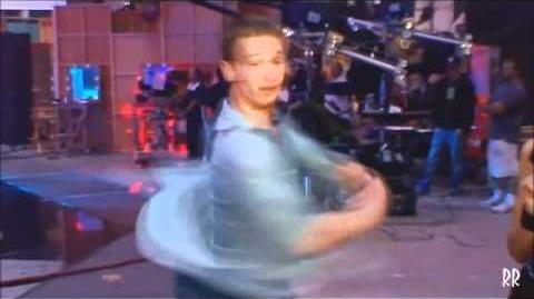 Shake_it_up_episode_5_promo_-_kick_it_up