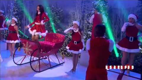 Shake_It_Up_-_Shake_Santa_Shake_-_Zendaya