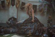 Lyria twirl