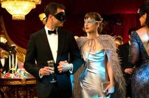 Fifty-shades-darker-masquerade-ball-ana-dress-.jpg