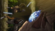 Le Titan féminin durcit sa nuque