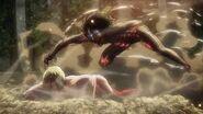 Eren vs titan femelle 2