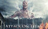 Image promotionelle du live action 1 (avec le titan colossal)