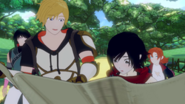 Jaune and Ruby sharing a map