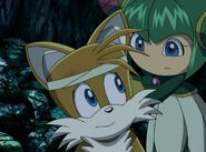 SonicX Cosmo wraps Tails' forehead