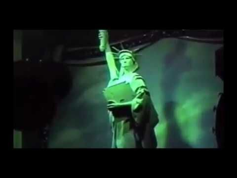 Statue_of_liberty_test_Showbiz_Pizza_Place**very_rare**