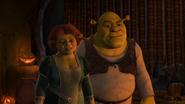 Fiona Shrek Scared Shrekless